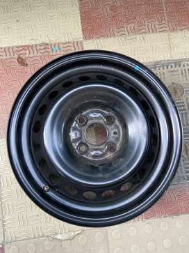 Alloy Wheel Rim (Black)