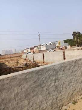 Plot available Near by proposed metro in Noida extension