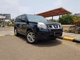 Nissan Xtrail 2.0 CVT AT Hitam Facelift 2014 Km40 tt innova crv yaris