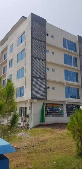 Investor price beautifull location corner appartment near head office