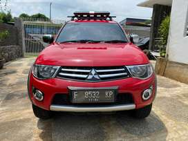 Strada triton exceed automatic 4x4 vgt