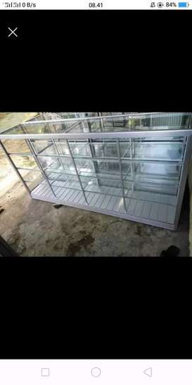 Etalase 2meter kaca aluminium
