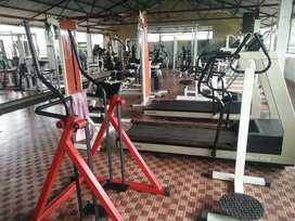 Used Gym equipments total sale
