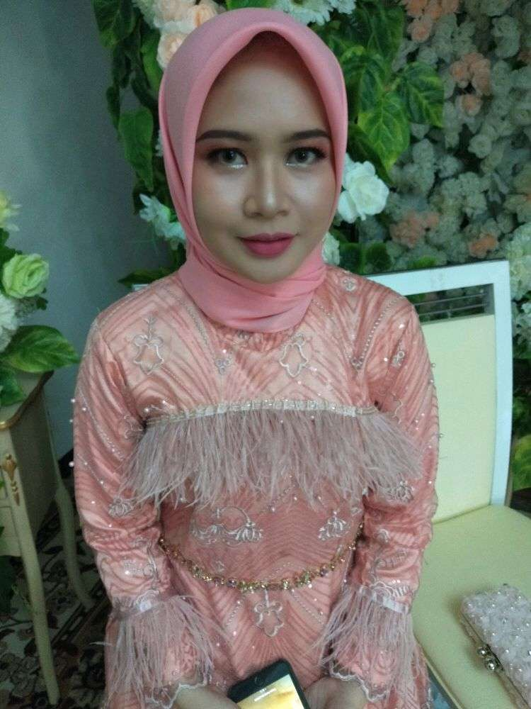 make-up wisuda,pesta dll 0