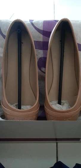 Flat Shoes Wanita merek IFA ( NEW )