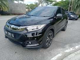 Honda hrv warna hitam