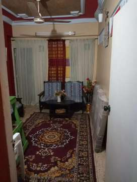 Flat for available Sale 5th floor west open  and open kitchen. Liyari