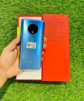 OnePlus 7T - 8/256 gB - blue color - 2 month warranty - 100 condition