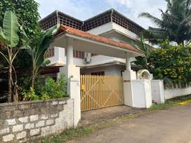 Aluva athani 20cent 3000sqt  house near nh 47 ,/3crore