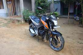 Honda hornet 160r black colour