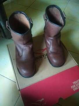 Sepatu sefti no 7 baru d pakek 1 blan