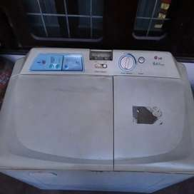 LG 6.5 Kgs washing Machine
