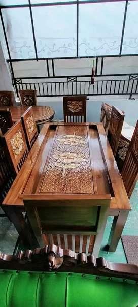 Kursi makan plus meja bahan kayu 6k