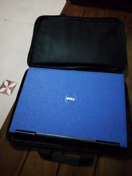 Laptop Dell 0984