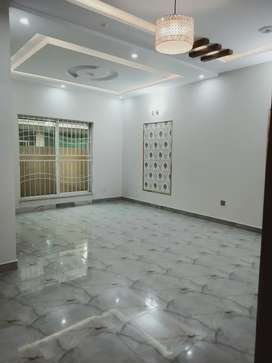 8 Marla VIP Portion For Rent