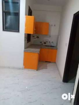 *Invest in 3BHK Builder Floor For Sale in Laxman Vihar Phase _2 Gurgoa
