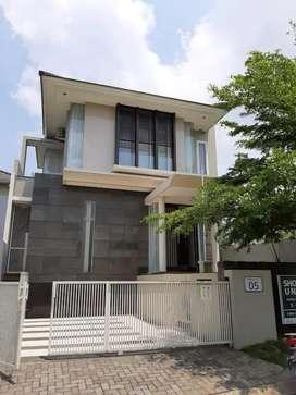 Dijual Rumah Cantik Mewah di Araya Ixora Valley