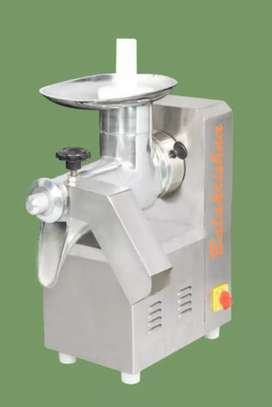 Musambi  stainless  steel  juicer