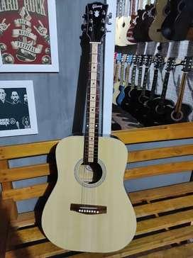 Gibson akustik tanam besi ready stok buka sampe jam 10mlm