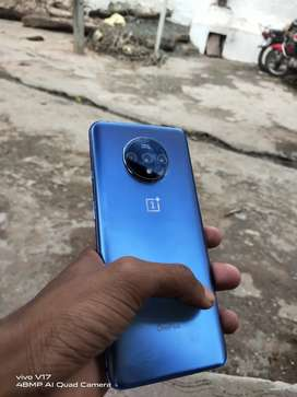 One plus 7t good condition mobile