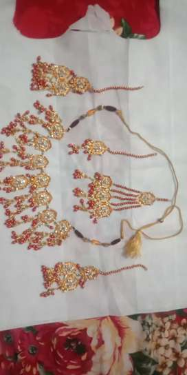 Bridal Necklace only few hours used