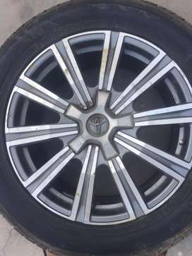 Rims with tyres For Land Cruiser