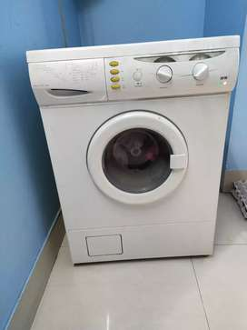 IFB  Washing machine, 4 years old only, Very good in Condition