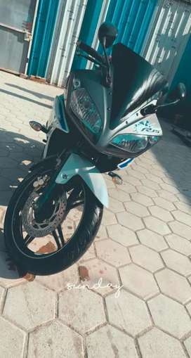 Yamaha r15 in good condition  sell urgently