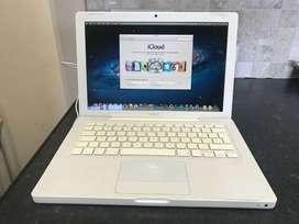 Laptop Apple MACBOOK A1181 for Sale