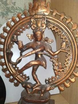 Nataraja statue (the dancing shiva)