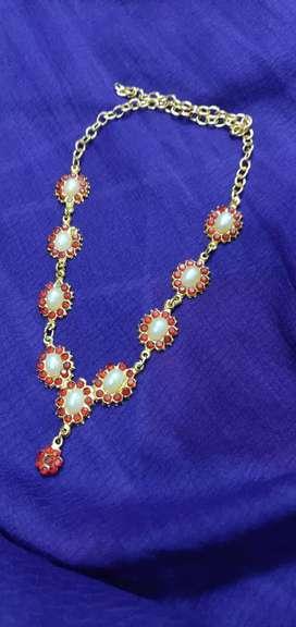 Chain(White+Red beads)