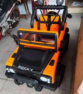 [COD] Mobil Mainan Aki Jeep / Mobil Mainan Remot Yang Bisa Dinaiki