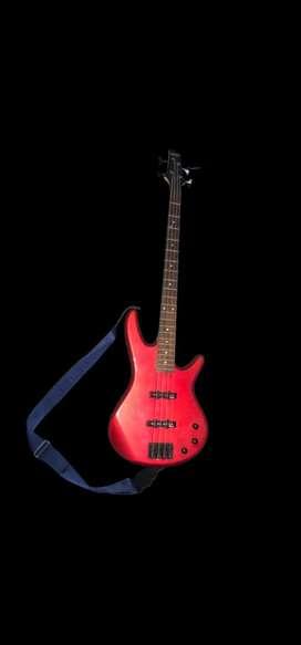 Ibanez soundgear sdgr 4 Strings