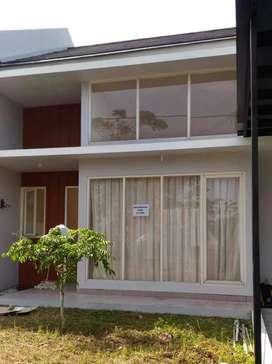 Dijual Rumah Kawasan Elite (Ciputra) Citra Bukit Indah Cluster WF