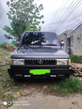 Toyota Kijang G KF 52 Long 1.8
