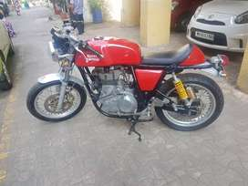Very good condition and only 5700 km