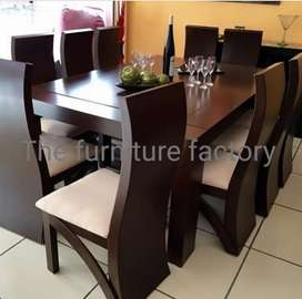 10 seatr dining table