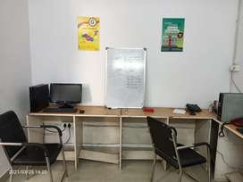 FULL FURNISHED OFFICE