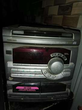 speakers with amplifier for sale