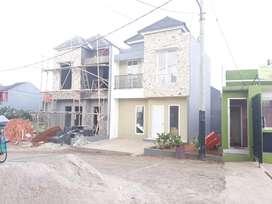 Rumah 2 lantai di jual murah