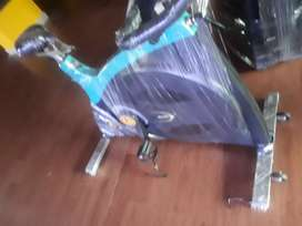 Gym spinning bikes for sale upto 50% off