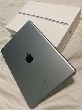 iPad Space Grey Barely Used 32GB