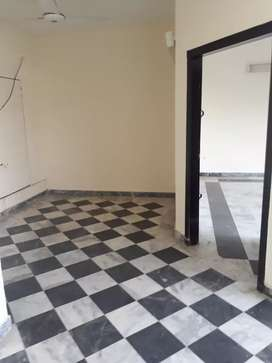 10 marla house 4 rent at posh area university town