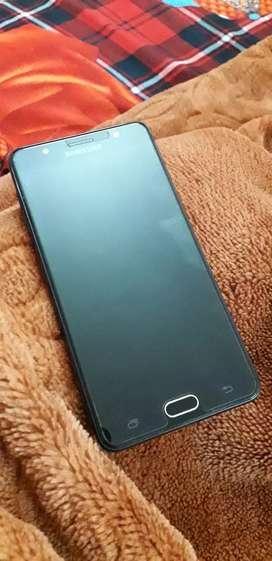 Samsung Galaxy J7 Max in new condition