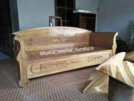 Bangku santai bale solid kayu jati .