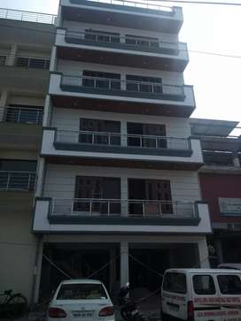 3Bhk Builder Floor For Sale in Miyawali Colony Gurgoan.