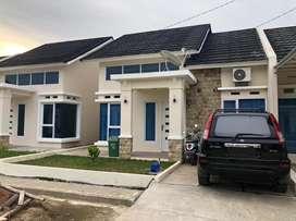 Dijual Nego Rumah Komplek Green Center Park di Citra Grand City