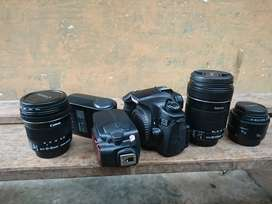 Canon 60d  lensa 18 135, 10 18, 50 dan flash