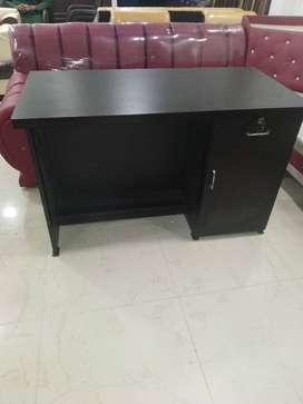 Brand new office and computer table ta very reasonable price