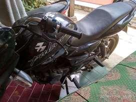 Bajaj Pulsar Black 180CC bekas